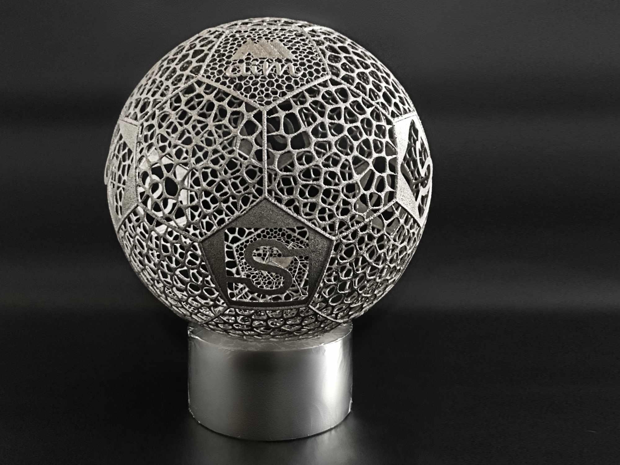 3D Metalldruck biometrischer Fussball Aim Achema