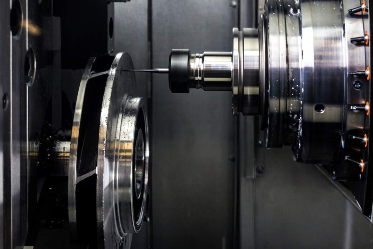 Mechanische Nachbearbeitung und Endbearbeitung